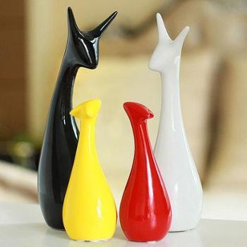 家居饰品创意摆件客厅装饰陶瓷工艺品结婚礼物三口之家鹿
