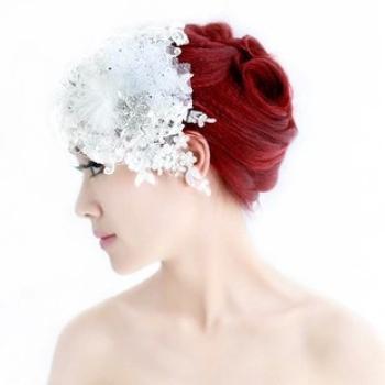 T0019蕾丝花朵面纱韩式水钻羽毛网纱头饰婚纱礼服发饰