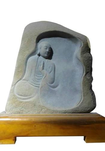 雕刻石心中有佛