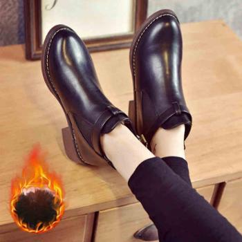 秋冬季学生黑色圆头低跟马丁靴英伦风裸靴女鞋厚底短筒短靴女靴潮