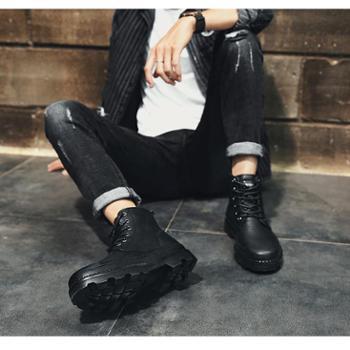 新款马丁靴大码男鞋工装靴加绒中帮真皮靴子秋冬季黑色短靴潮