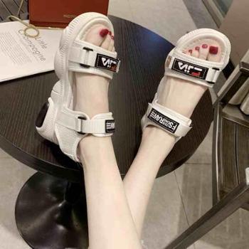 韩版新款魔术贴厚底凉鞋女夏小熊鞋底时尚百搭运动学生沙滩鞋